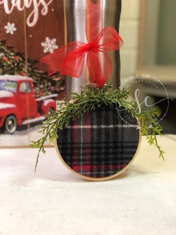 Easiest Ever Plaid Hoop Ornament