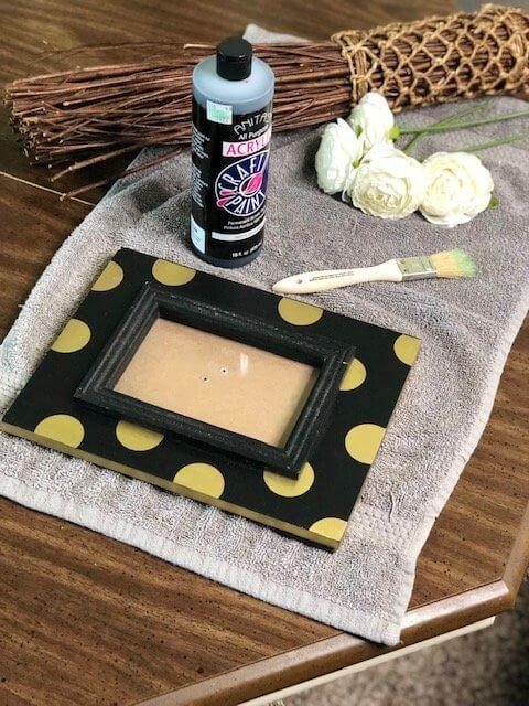 DIY Photo Frame with Stick Supplies Polka Dot Frame (1)