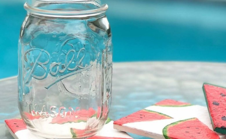 diy-watermelon-coasters-mason-jar