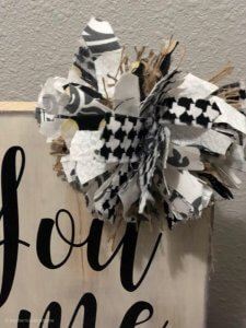 diy-easy-scrap-material-messy-bow-center