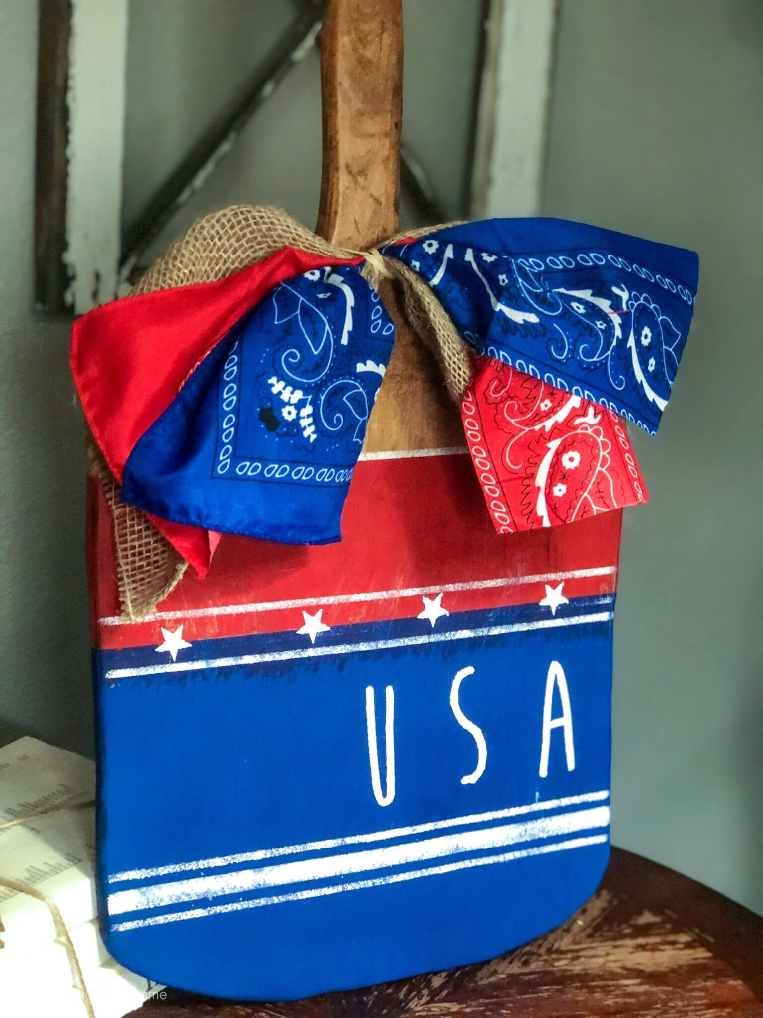 Patriotic Cutting Board Decor