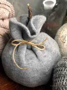 easy-beanie-pumpkins-final-plain