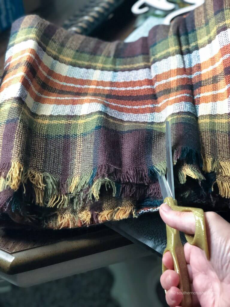 Cutting a plaid fabric