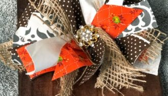 fall-wood-block-decor-messy-bow