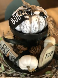 Buffalo-Check-Halloween-Tablescape-17