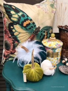 vintage-market-days-event-material-treasures