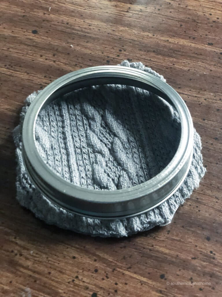 Placing mason jar lid together