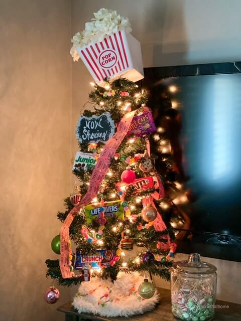 Christmas tree theme - movie theater