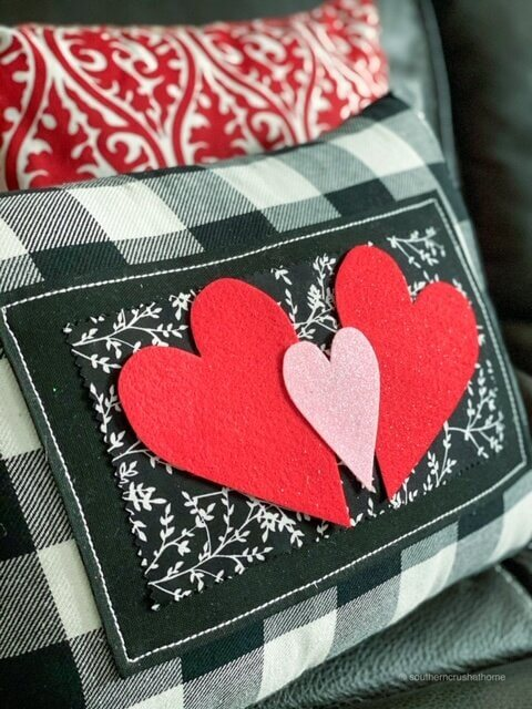 Dollar Tree DIY Valentine's Pillow