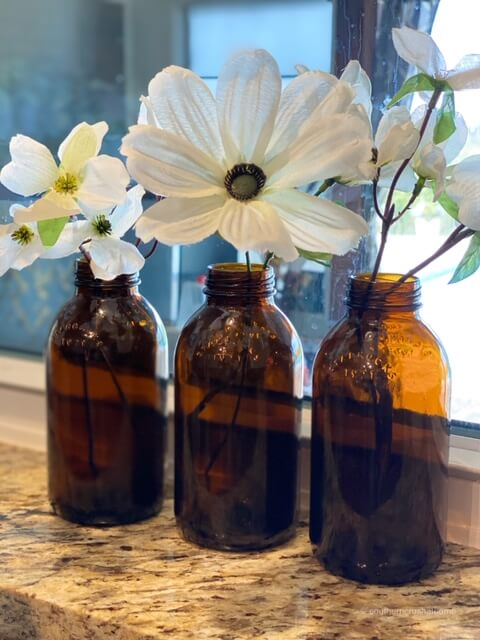 here's a quick way to repurpose starbucks drink bottles