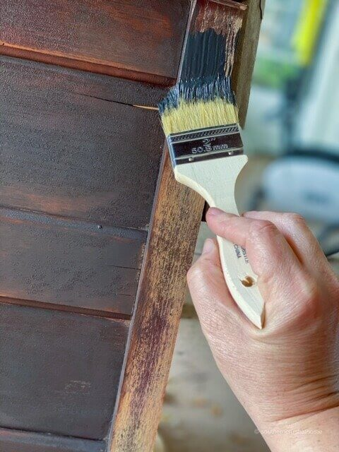 Painting the trim of a dresser