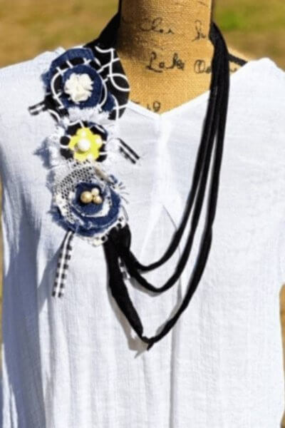 T-shirt Necklace DIY with Fabric Flowers