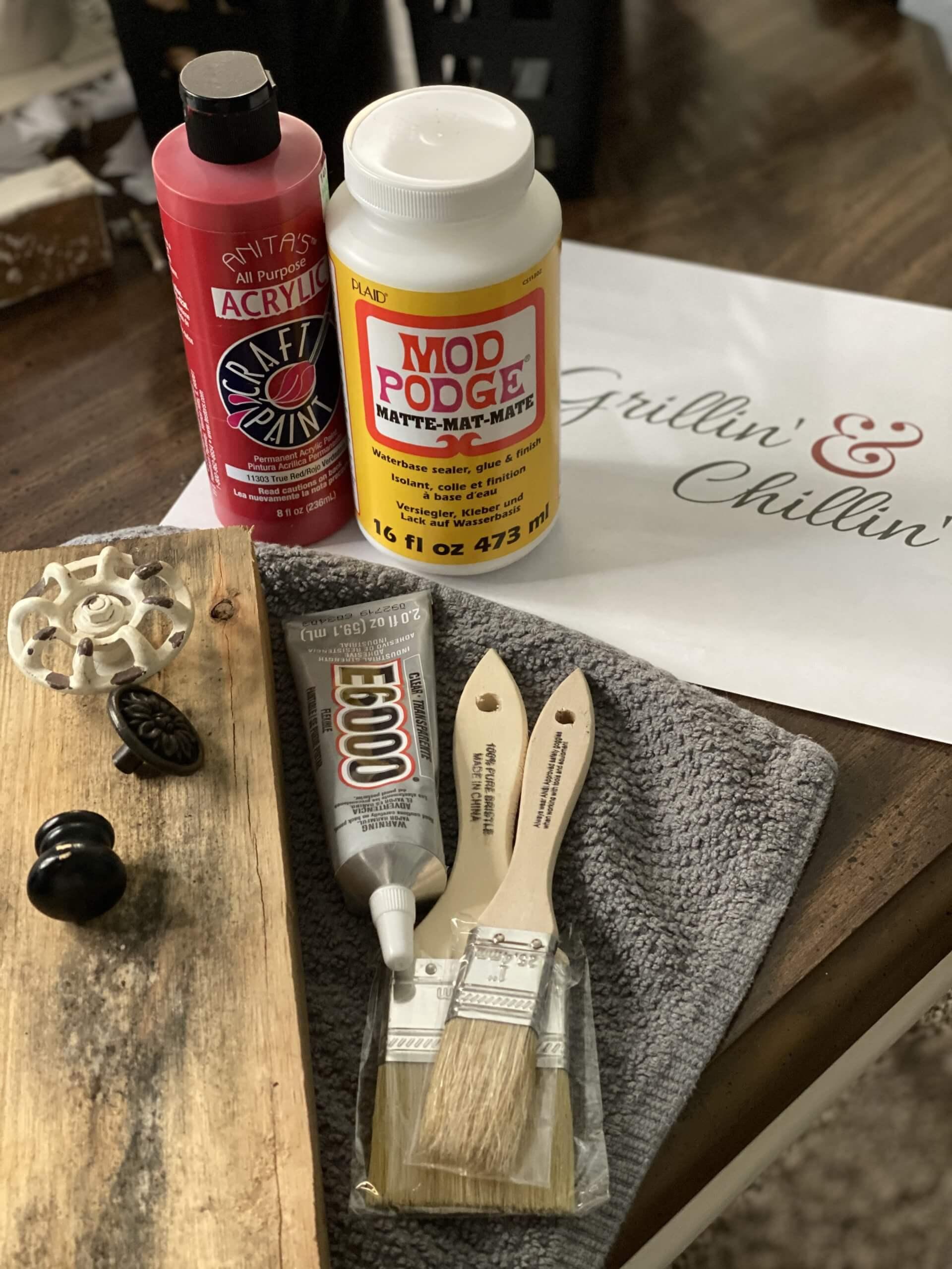 Grillin & Chillin BBQ Tool Storage Sign DIY Supplies