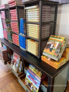 pioneer woman mercantile decor trip cookbooks