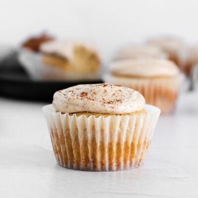 Easy Cinnamon Vanilla Bean Cupcakes