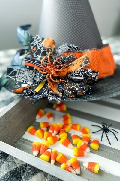 Halloween Witch Hat DIY Messy Bow