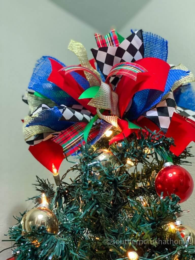 Christmas Tree Topper Idea Using The Messy Bow
