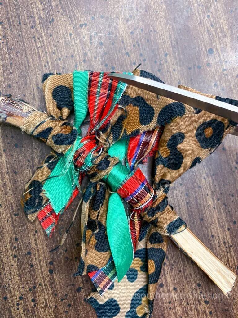 Scrap Fabric Tree Ornament trimming tree shape