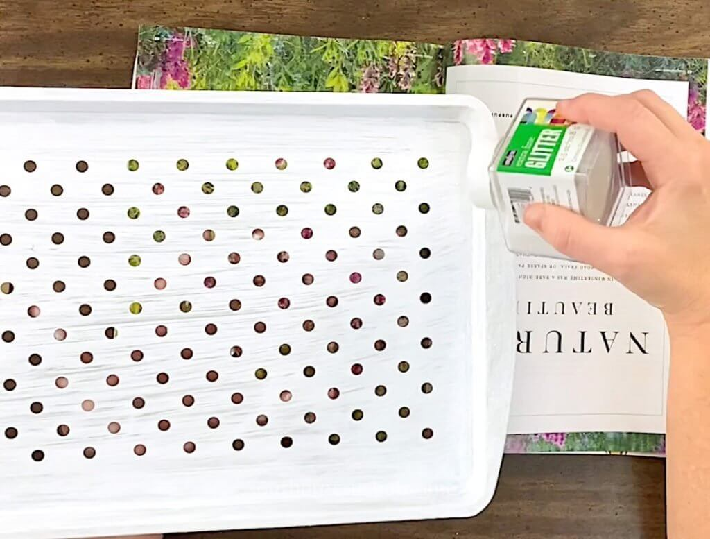 adding glitter to grill pan