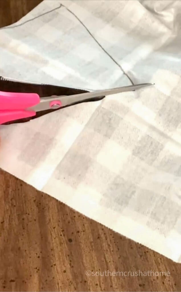 cutting out pattern for gnome hats