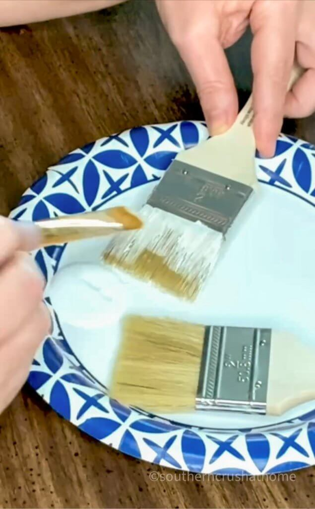 painting the paint brush gnome ornaments white