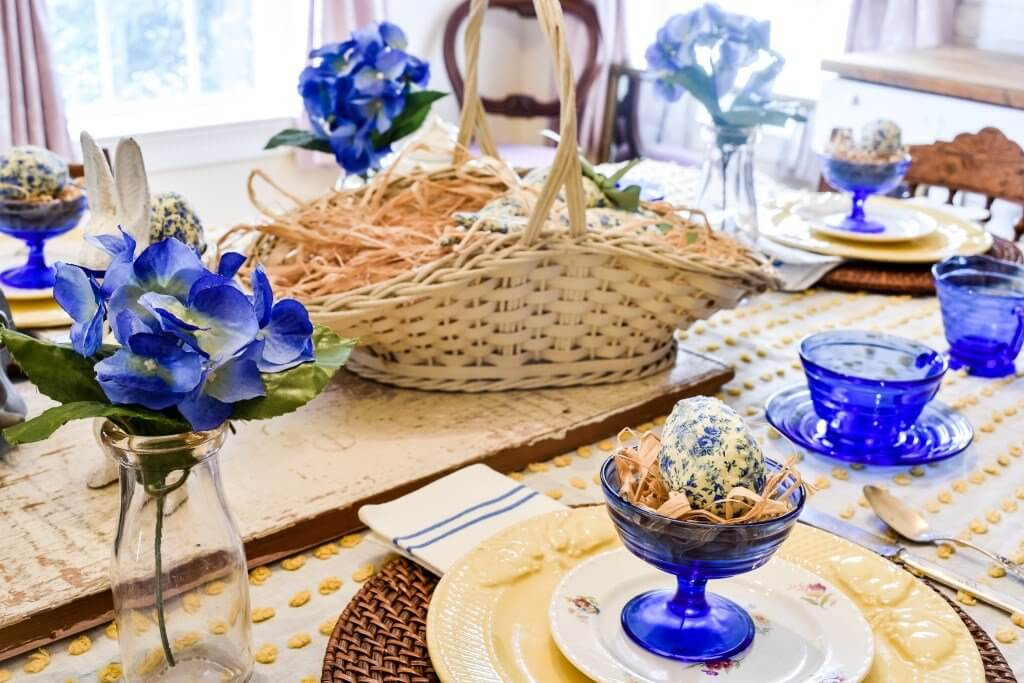 Blue and yellow Easter tablescape