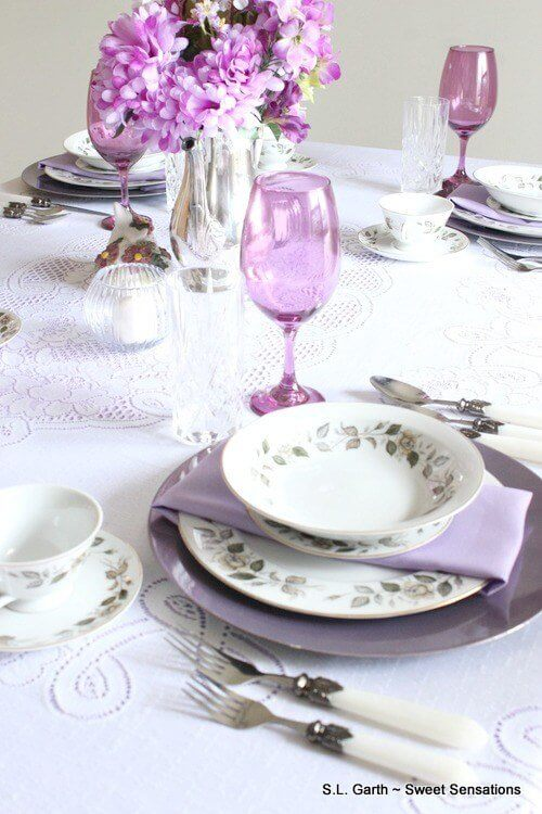 Quaint-and-Simple-Easter-Tablescape