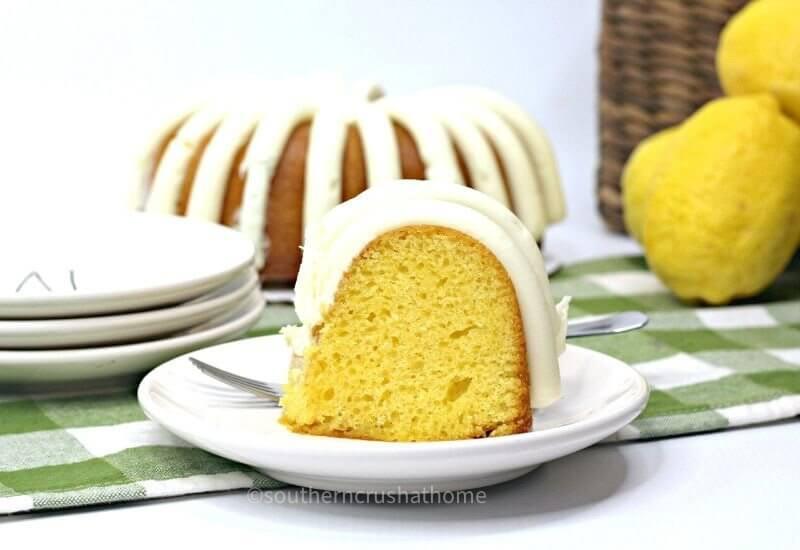 lemon bundt cake on saucer