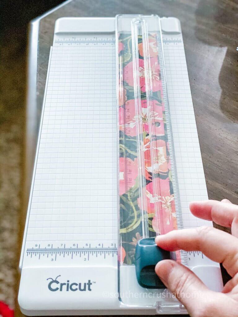 paper hearts paper cutter