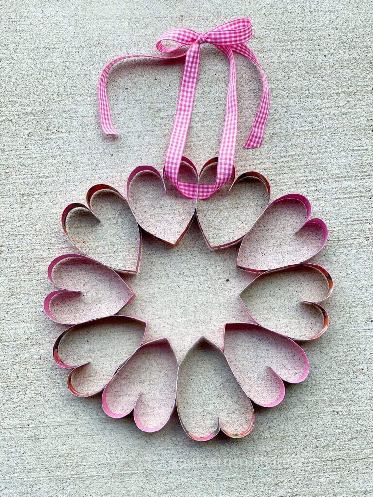 Final paper heart wreath