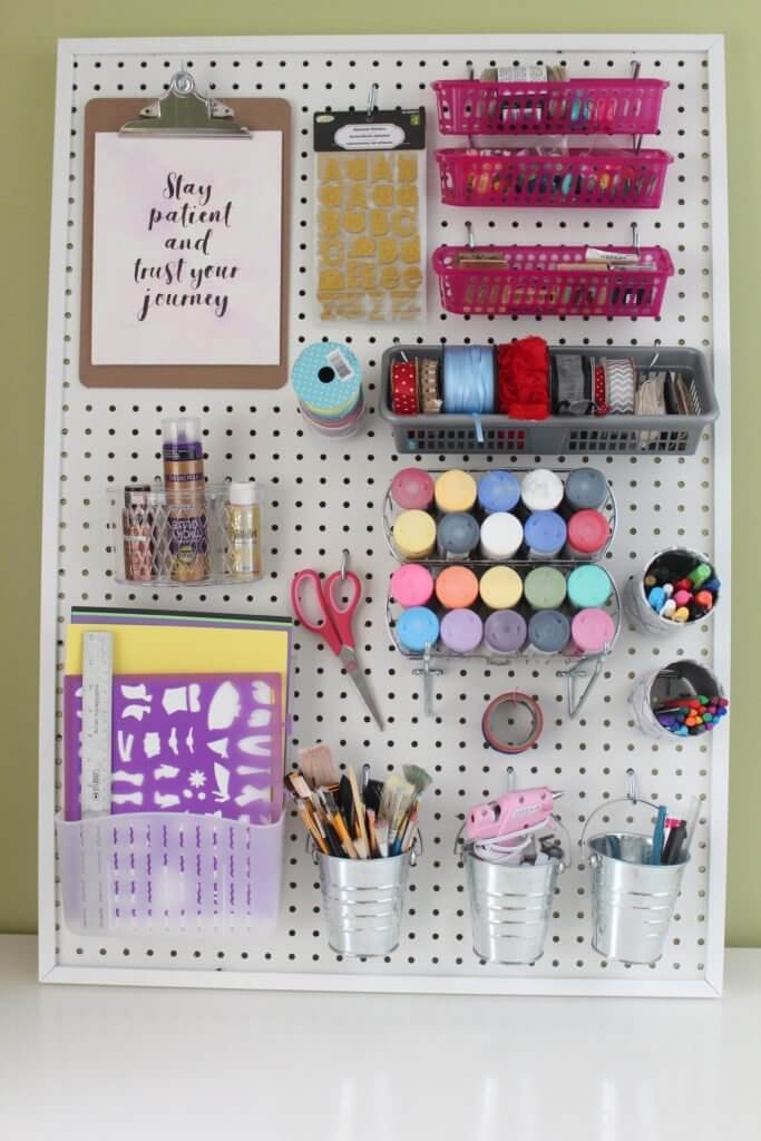 pegboard-ideas-for-craft-room