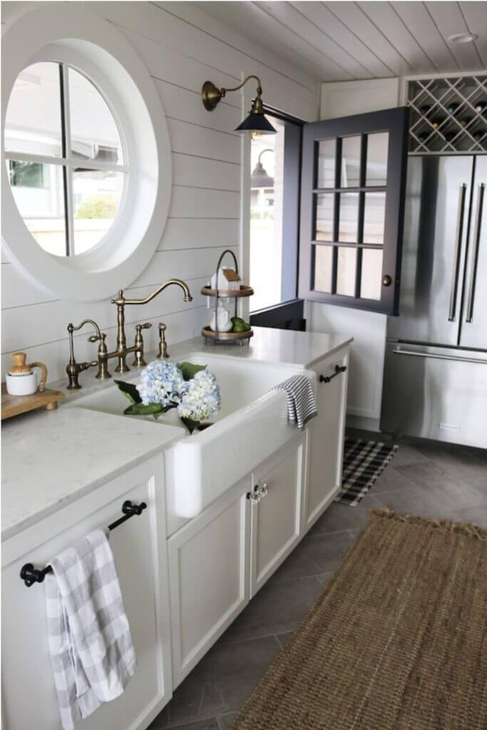 Shiplap kitchen sink