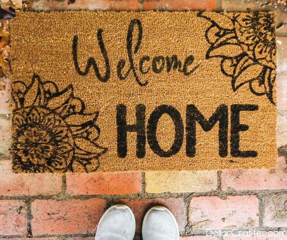 how-to-make a welcome mat cricut
