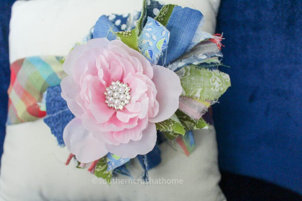 messy bow pillow wrap diy close up of flower