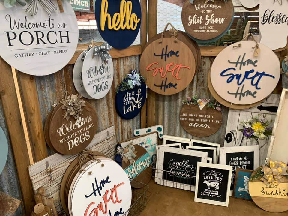 twisted roots boutique signs