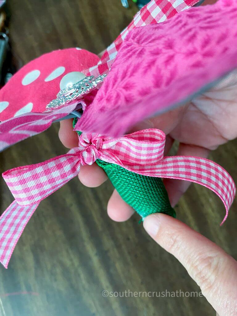 covering whisk handle for fabric flowers