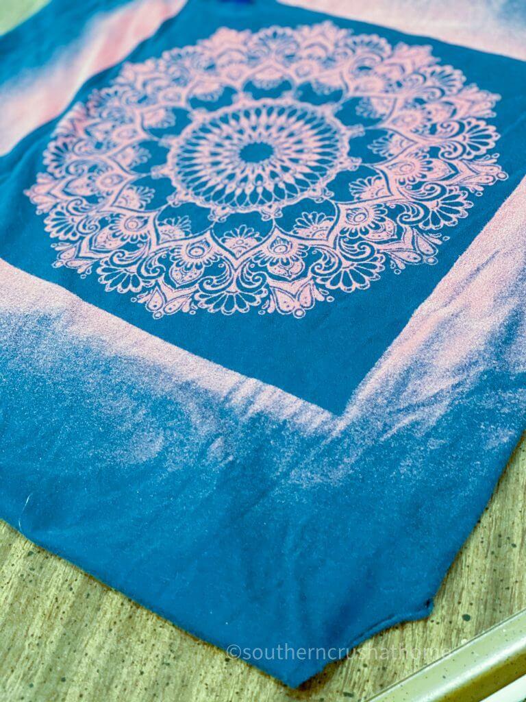 Reverse Tie Dye TReverse Tie Dye T-shirt Pillowcase finish-shirt Pillowcase