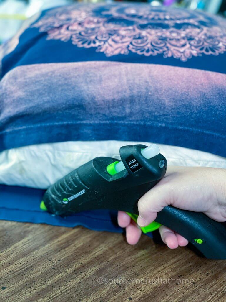 gluing tshirt pillowcase