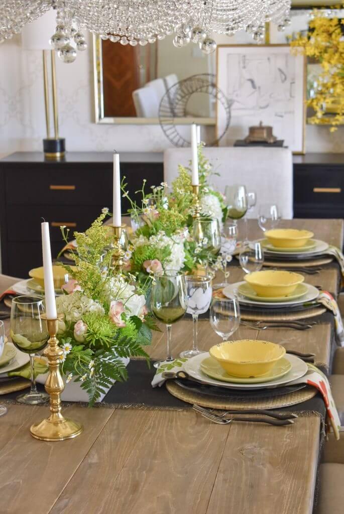 bold spring tablescape