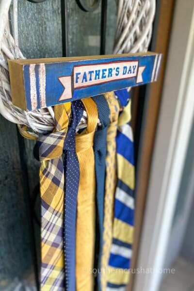 DIY Necktie Wreath