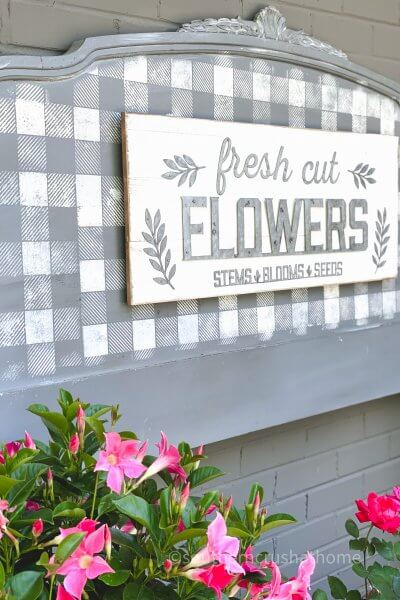 Repurposed Headboard Garden Sign DIY