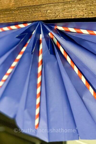 close up of Dollar Tree Gift Bag Patriotic Bunting-10