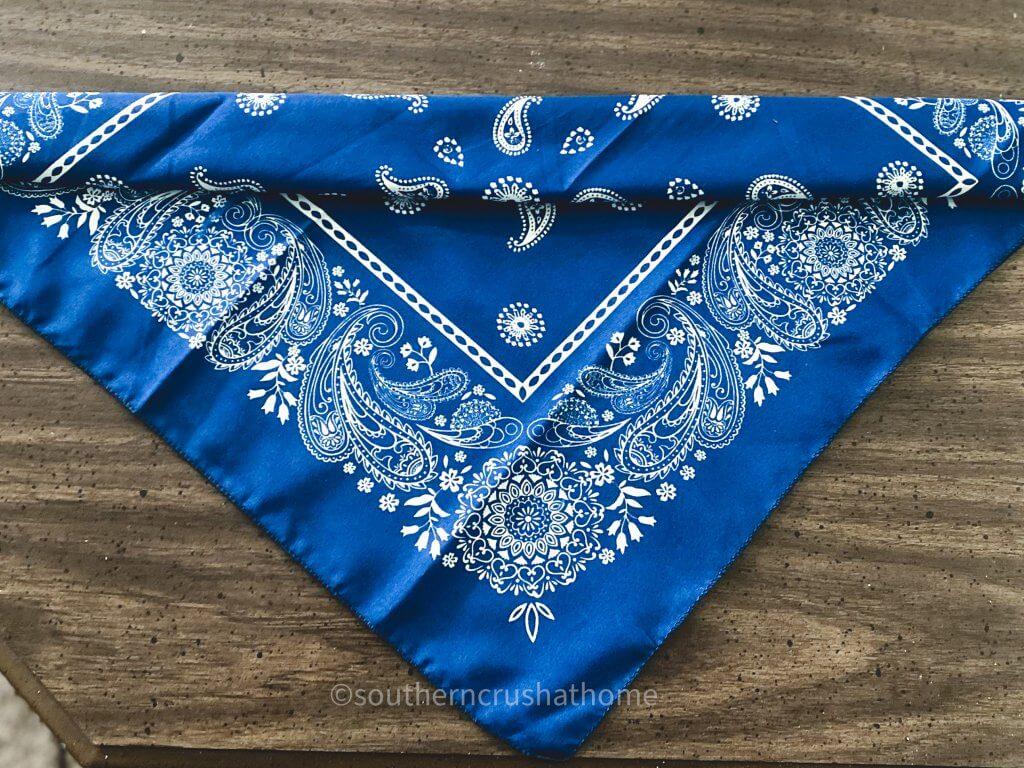 folding bandana for bow