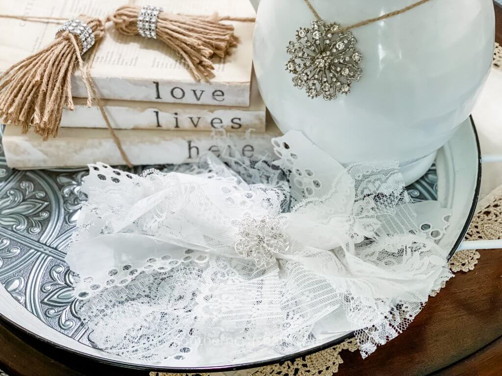 styled lace messy bow on tray