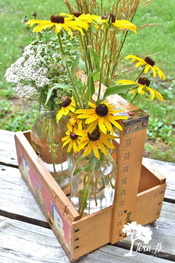 wood tote with flowers