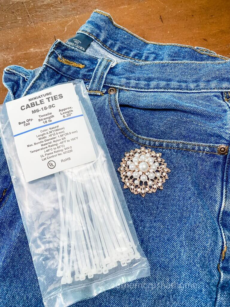 supplies for denim and diamonds messy bow