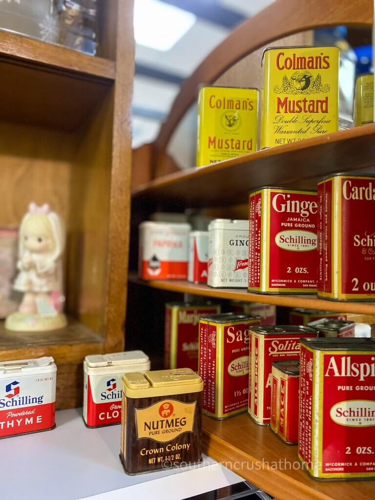 schilling vintage spice tins