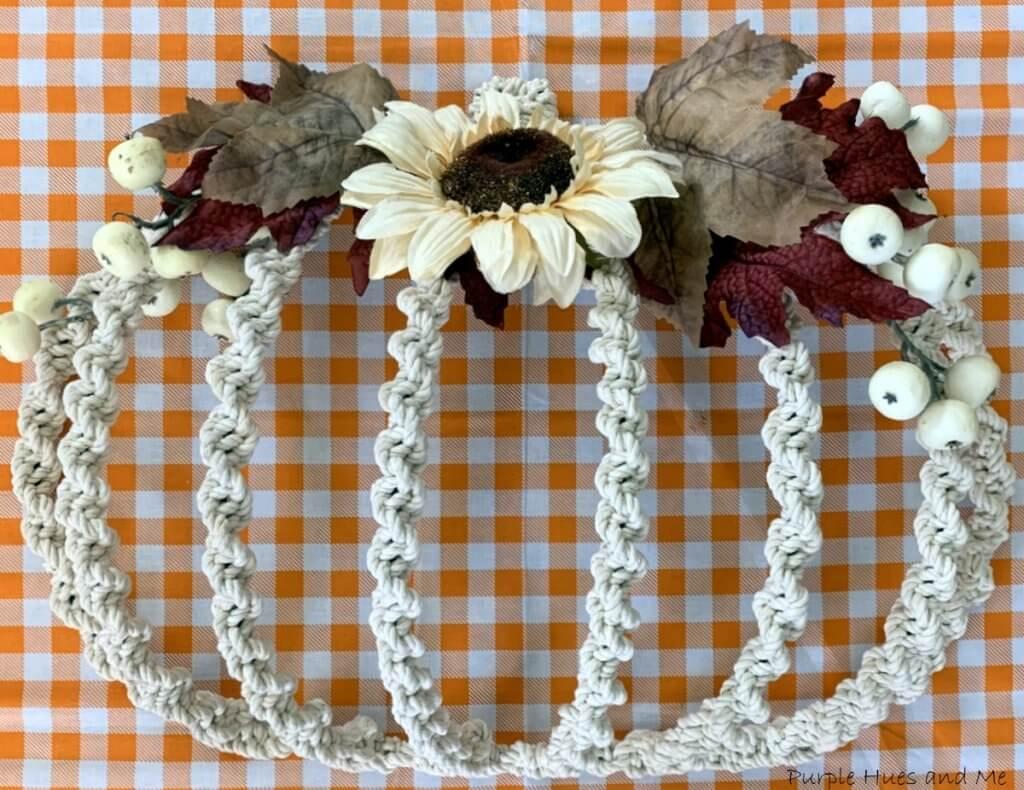 macrame pumpkin wreath
