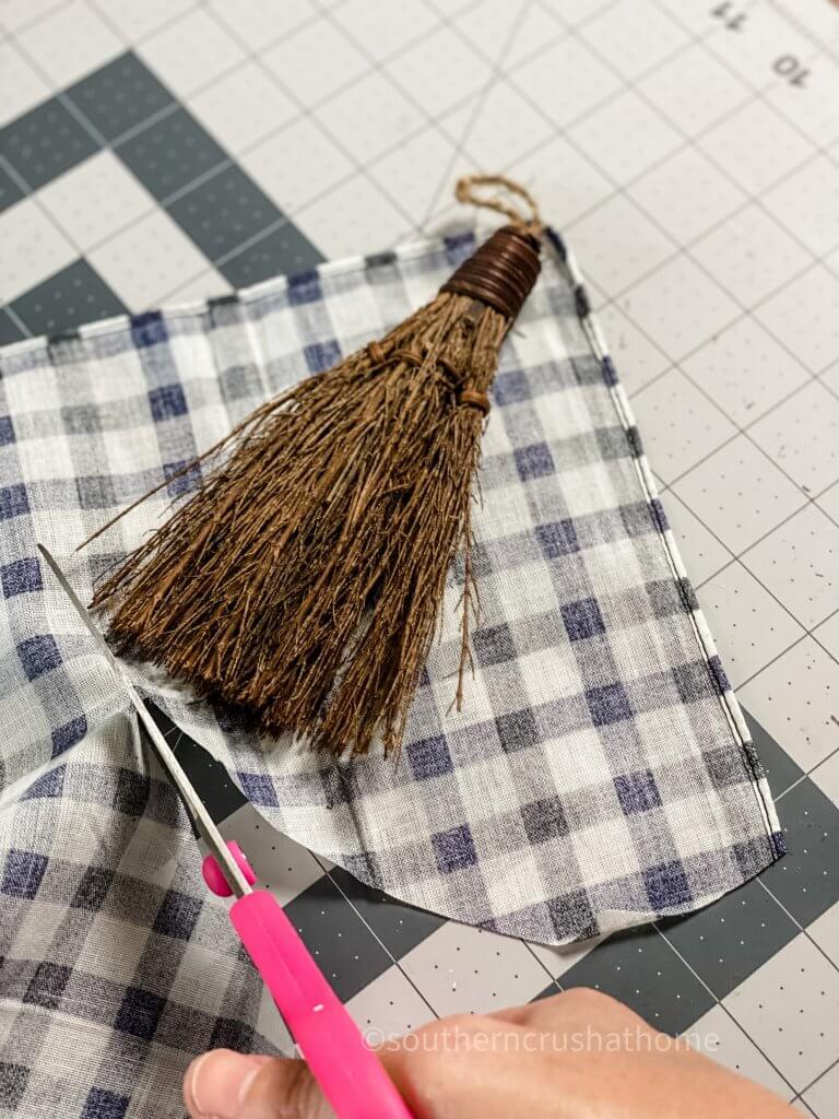 cutting buffalo plaid fabric for gnome
