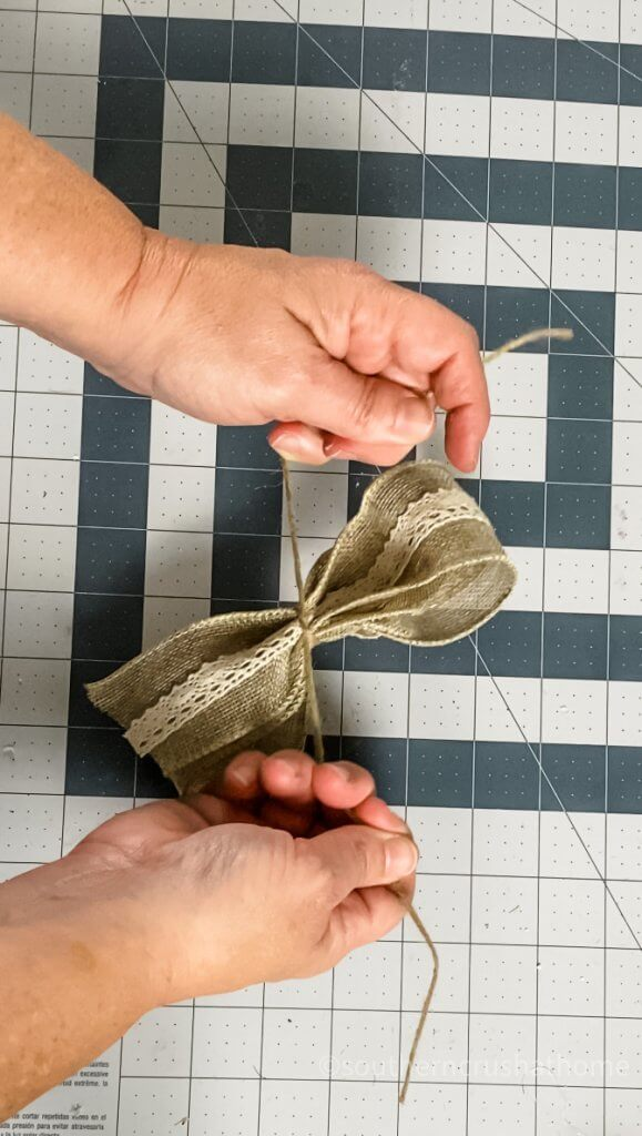 making bow for burlap home sign